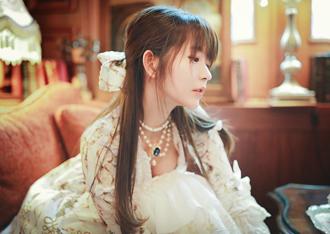 韩国第一美少女Yurisa精美写真